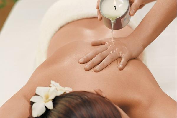 Candle-Massage-In-Worthing MASÁŽ HORÚCIM VOSKOM