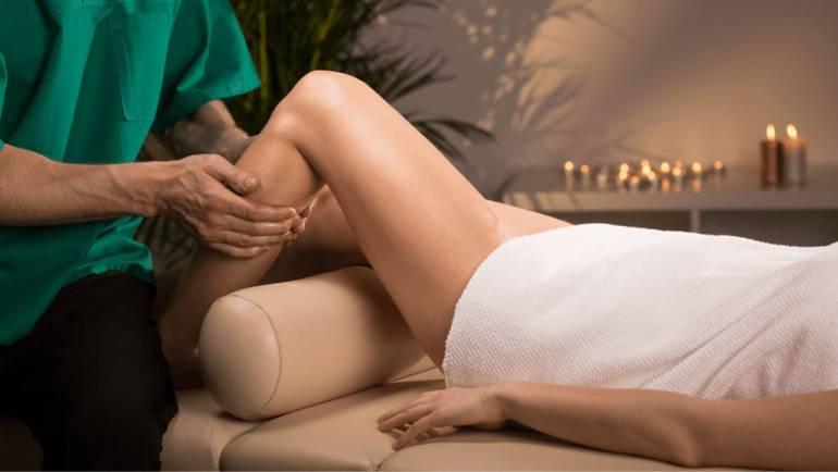 Pomarančová koža? Bojujte proti celulitíde masážou!