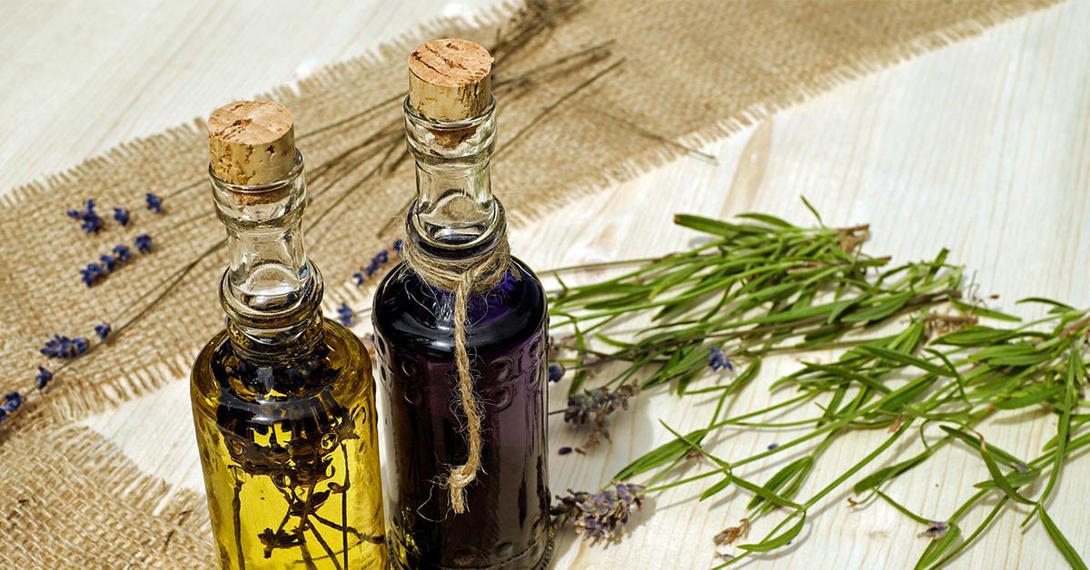 oils Aromaterapiou amasážou hlavy proti migréne!