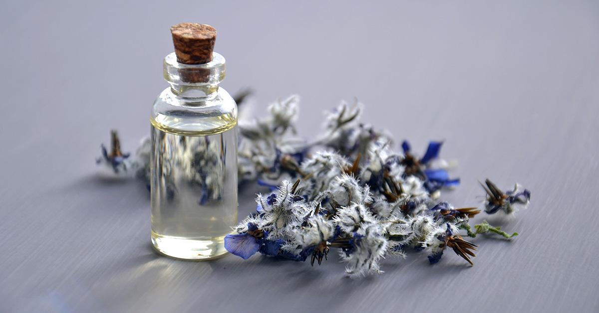 essential-oil Olejová masáž: TOP aromaterapia v Bratislave!